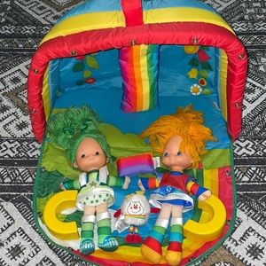 Rainbow brite color cottage play set with 2 dolls